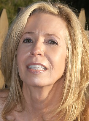 Free Mature Face Porn Pictures