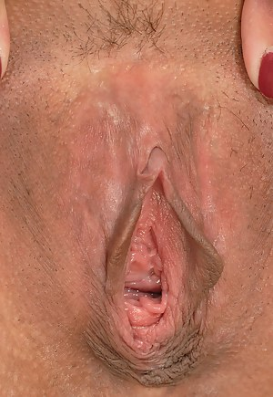 Free Mature Close Up Porn Pictures