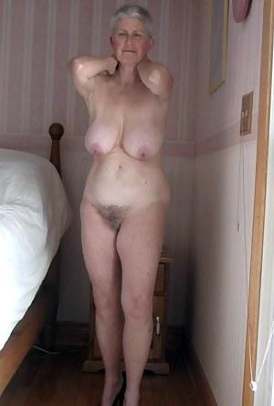 Pics free mature nude Vip Mature