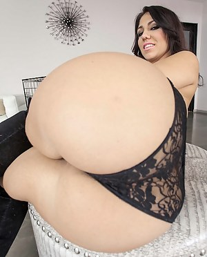 Free Mature Bubble Butt Porn Pictures