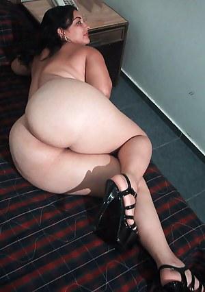 Free Mature Bubble Butt Porn Pictures