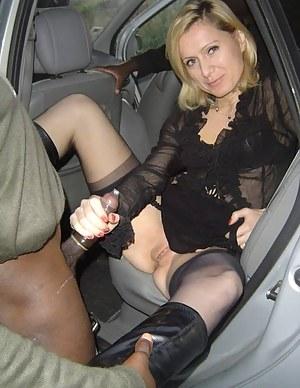 Free Mature Car Porn Pictures