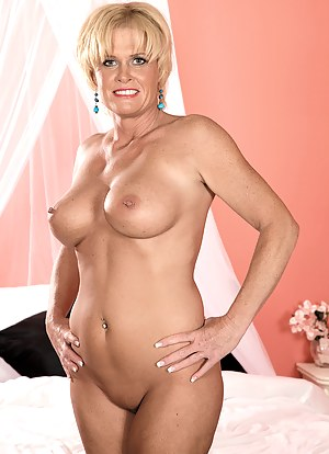 Free Mature Perfect Tits Porn Pictures